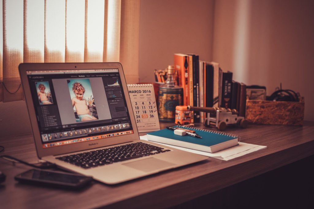 Home Office | 4 Reasons Working from Home Makes Life Way Better